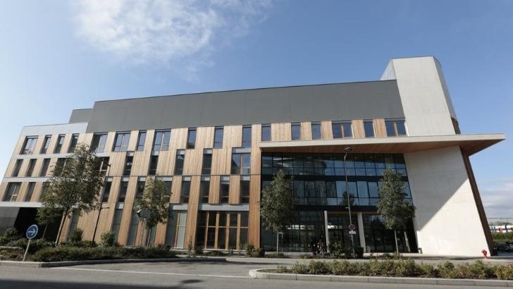 L'UFR Simone Veil - Santé vous accueille 2 avenue de la Source de la Bièvre à Montigny le Bretonneux (78180)
